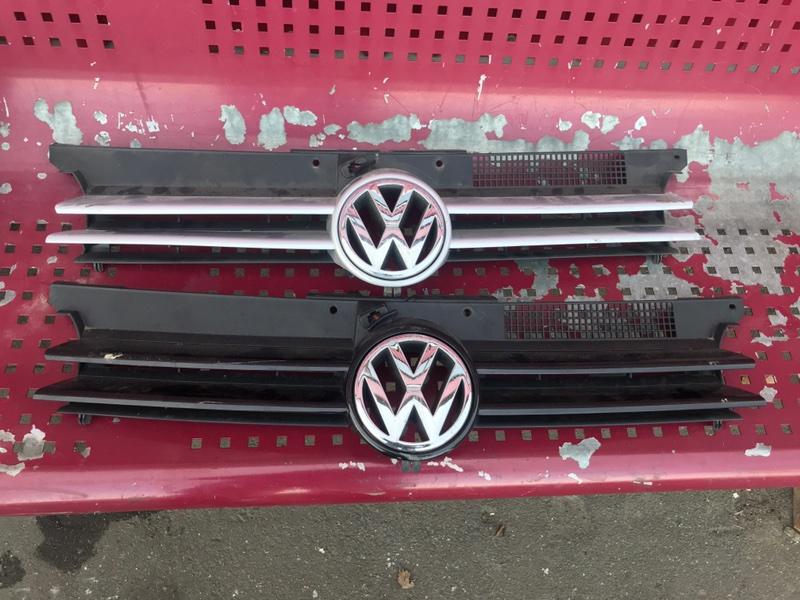 Решетка радиатора Volkswagen Golf 4 2000 1J контрактная