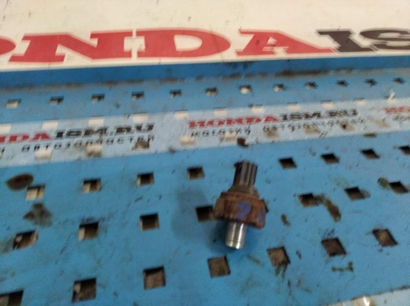 Датчик давления масла Honda Civic 8 4D 2006-2010 R18A 37241-RNA-A01 контрактная
