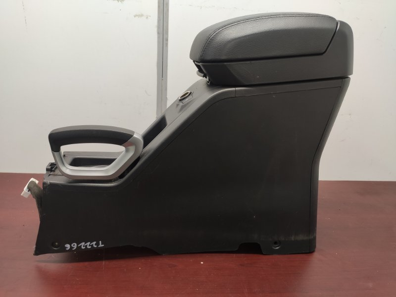 Консоль между сидений Opel Antara 2009 4813631 контрактная