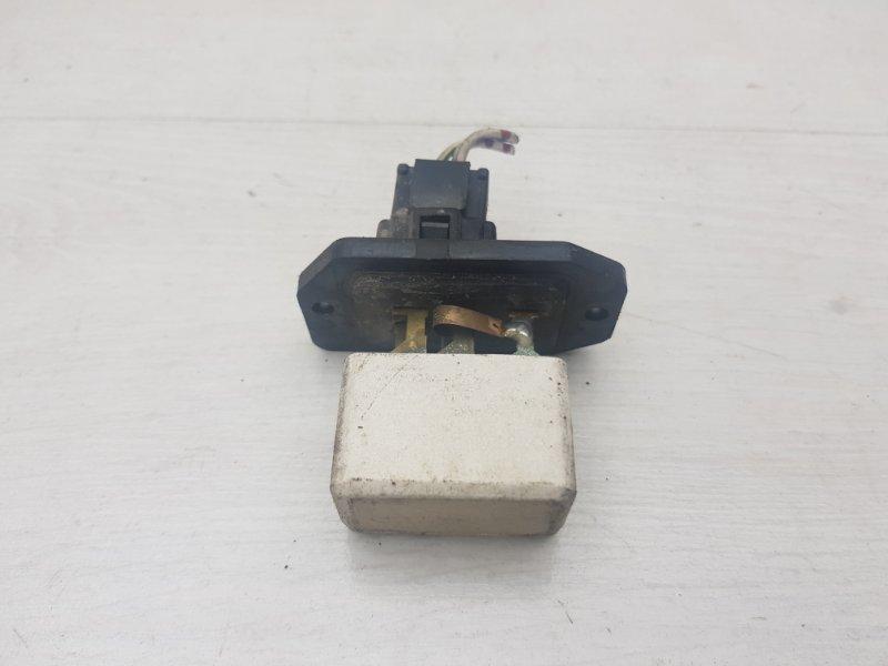 Резистор печки Mitsubishi Pajero 1995 2 6G74 Б/У