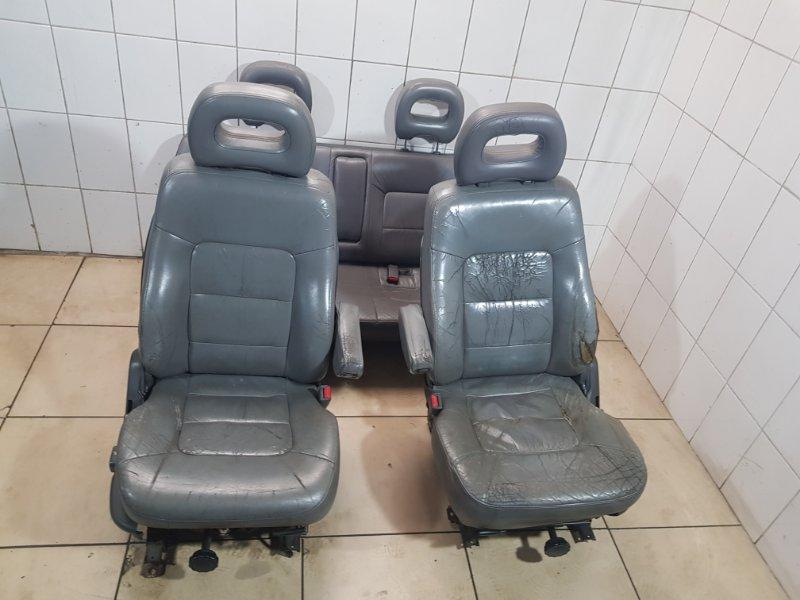Комплект сидений Mitsubishi Pajero 1995 2 6G74 Б/У