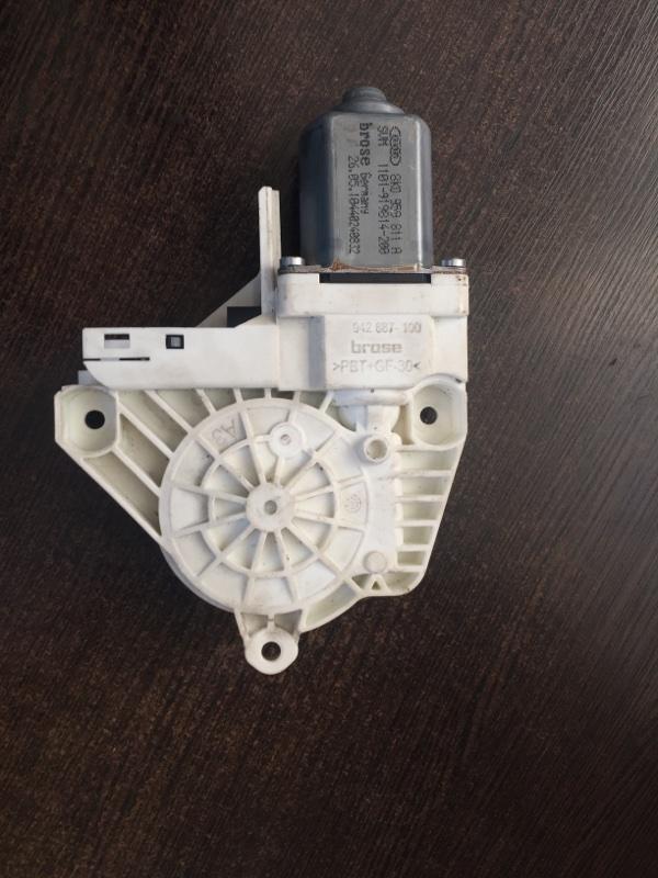 Мотор стеклоподъемника задний левый Audi A4 2008-2016 8K 8K0959811A контрактная