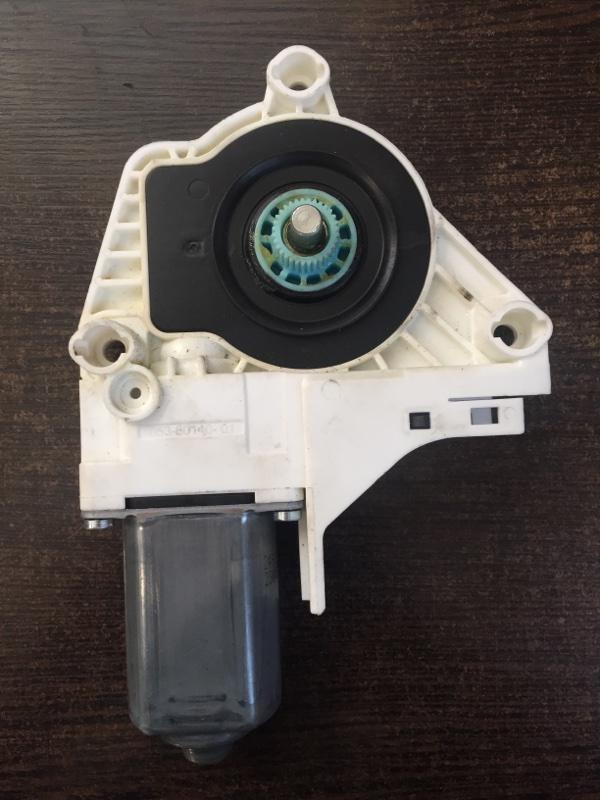 Мотор стеклоподъемника передний правый Audi A6 2010-2018 4G 8K0959802A контрактная