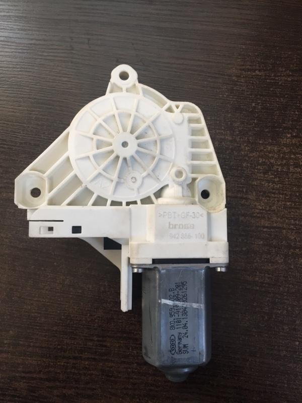Мотор стеклоподъемника передний правый A6 2010-2018 4G