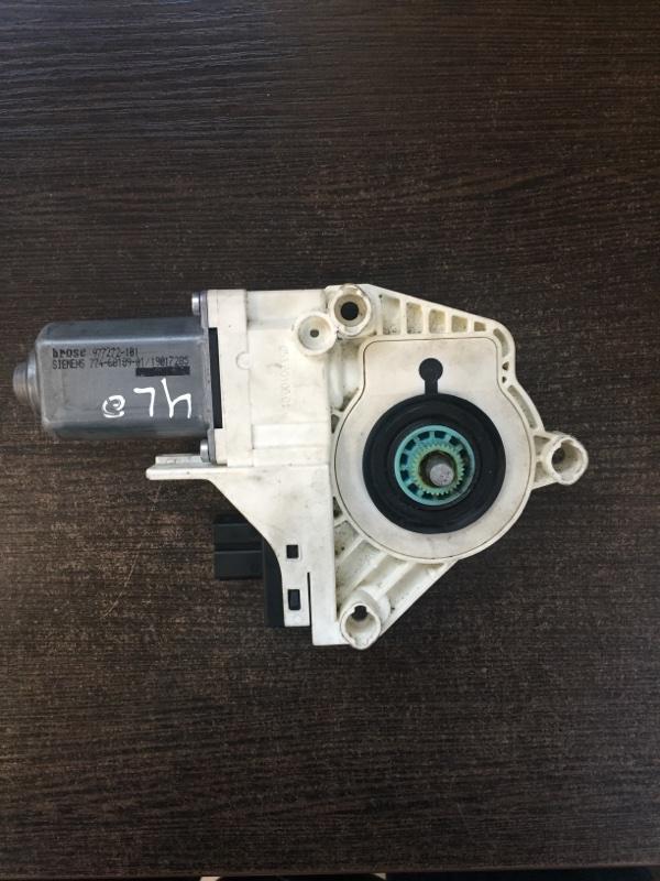Мотор стеклоподъемника правый Audi 4L0959802B контрактная