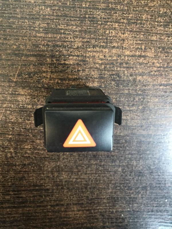 Кнопка аварийной сигнализации Porsche Cayenne 2002-2010 955 7L5953235A контрактная