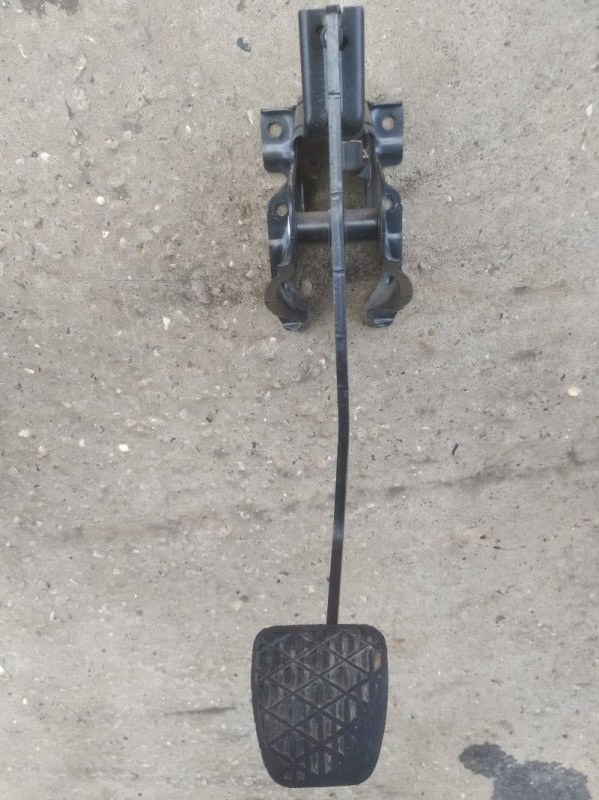 Педаль тормоза Volkswagen Crafter 2006- 2E 2E0721141C контрактная