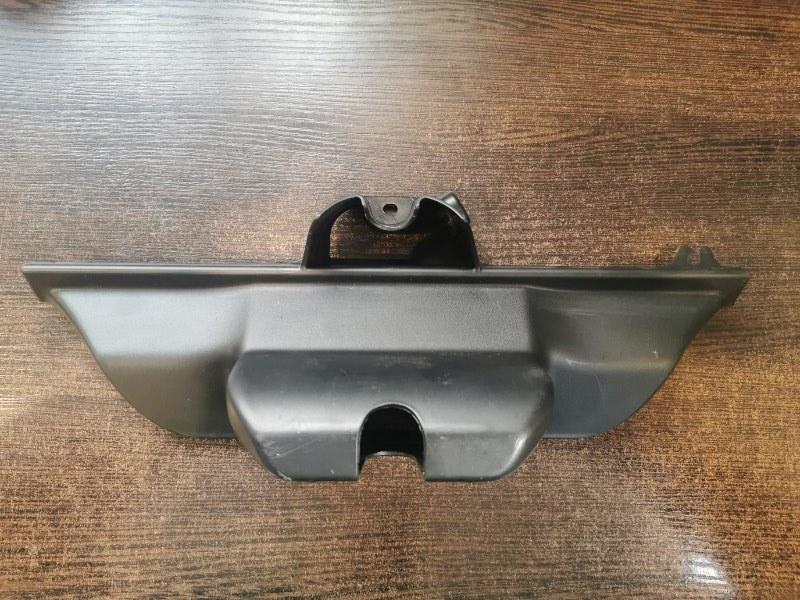 Накладка замка двери багажника задняя BMW X5 2008-2013 E70 3.0 N57D30A 51497177378 контрактная