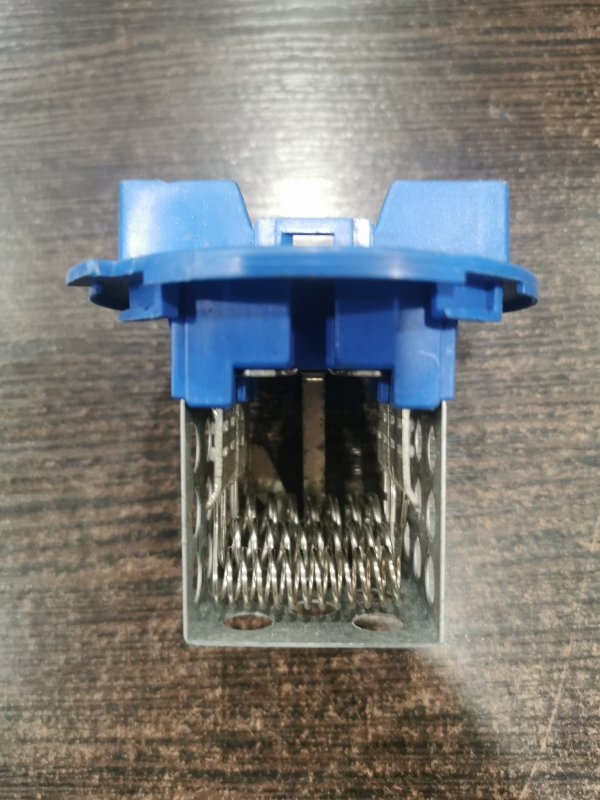 Резистор отопителя Volkswagen Crafter 2E