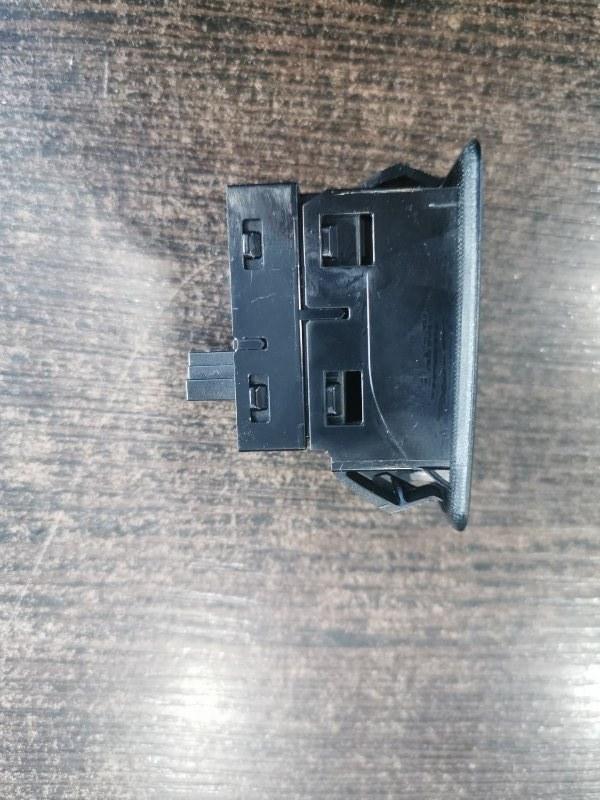 Кнопка стеклоподъемника задняя X3 2013-2018 F25 2.0 B47D20A