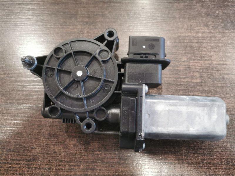 Мотор стеклоподъемника правый X1 2014-2019 F48