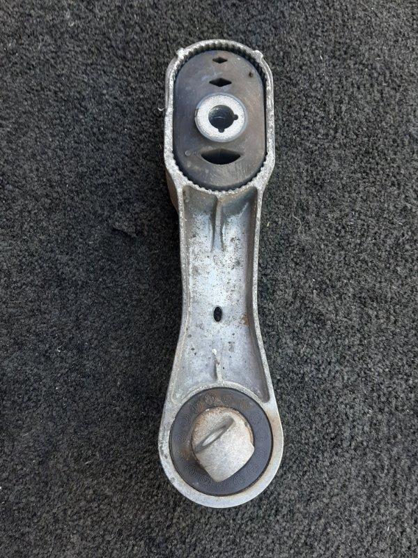 Стойка крепления штанги стабилизатора BMW X1 F48