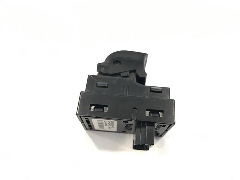 Кнопка стеклоподъемника задняя 3-Series 2011-2016 F30 2.0 N47D20C