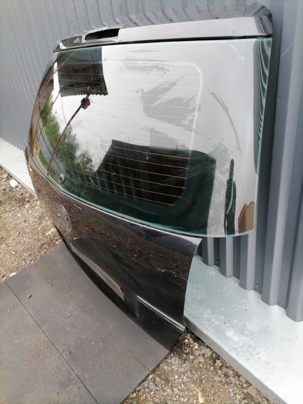 Крышка багажника Zafira 2005-2015 B 1.6