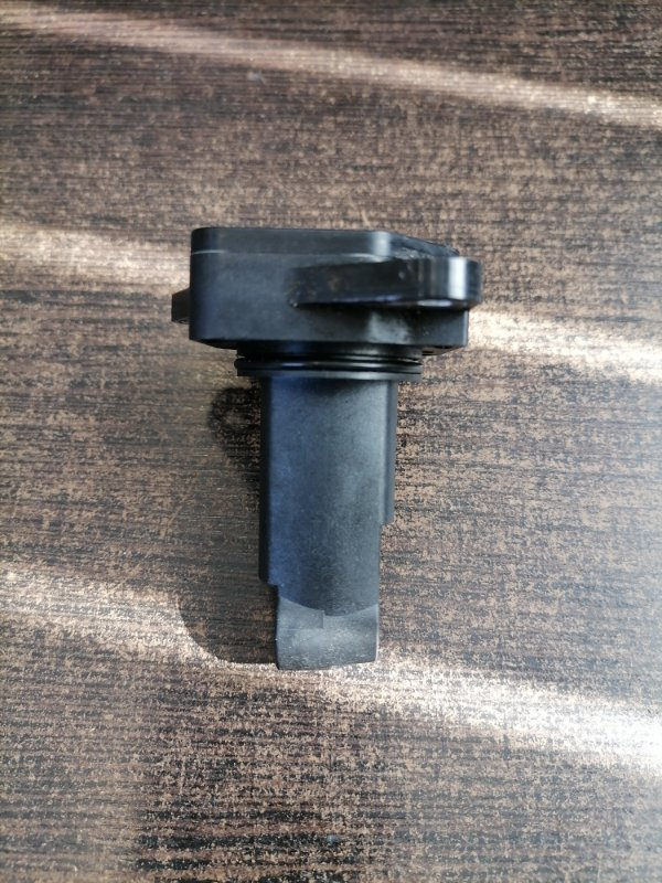 Датчик массового расхода воздуха Mazda Mazda6 2010 GH ZL0113215 контрактная