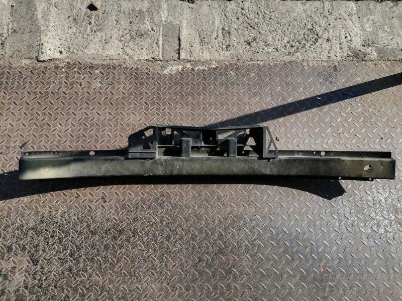 Усилитель бампера передний Opel Zafira B 1.6