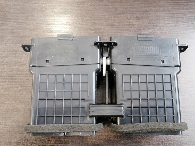 Вентиляционная решетка Hyundai Tucson JM 2.0