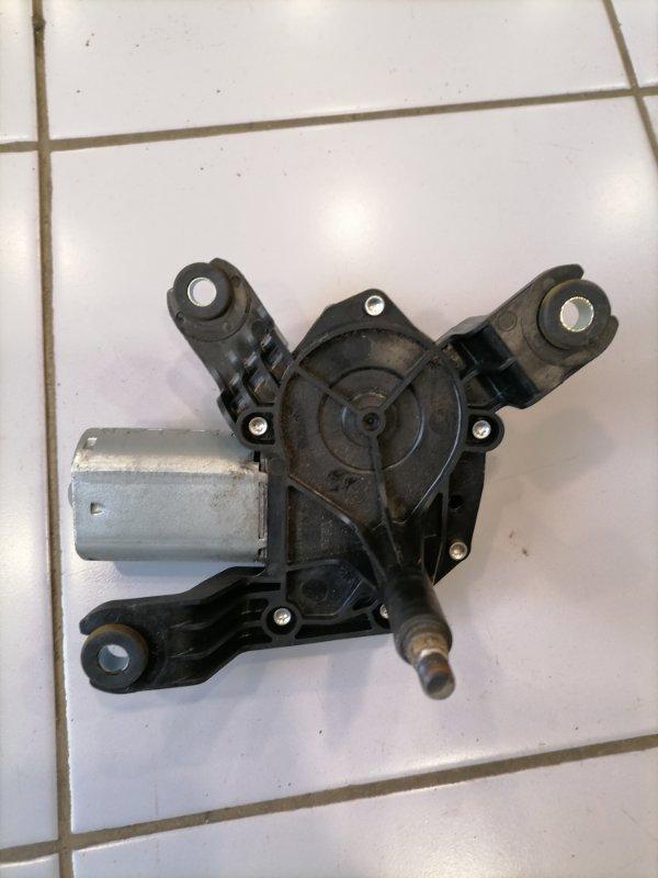 Моторчик заднего дворника Opel Zafira 2005-2015 B 1.6 13145548 контрактная