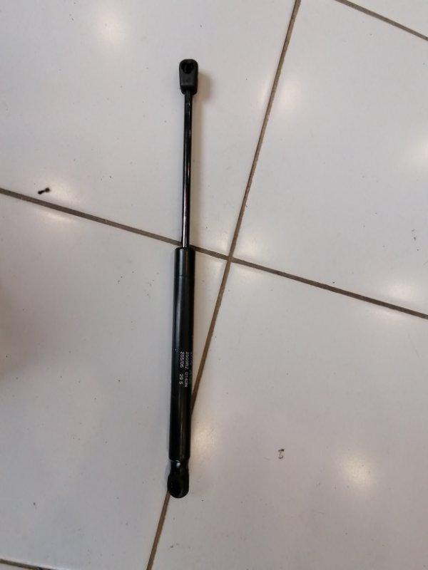 Амортизатор стекла багажника Tucson 2010 JM 2.0