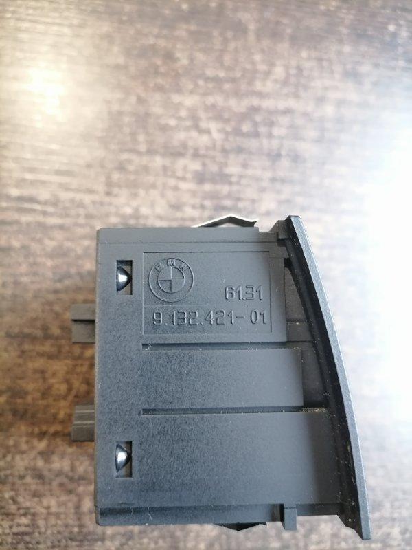 Кнопка аварийной сигнализации 3-Series 2005-2008 E90 2.0 N43