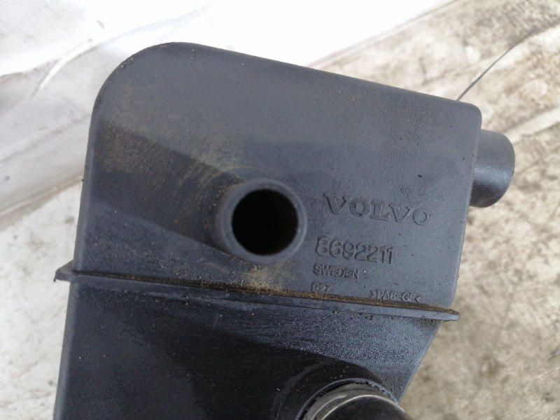 Маслоуловитель Volvo V70 SW b5254t2