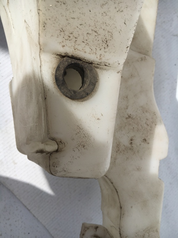 Бачок омывателя jaguar XF cc9 AJ30