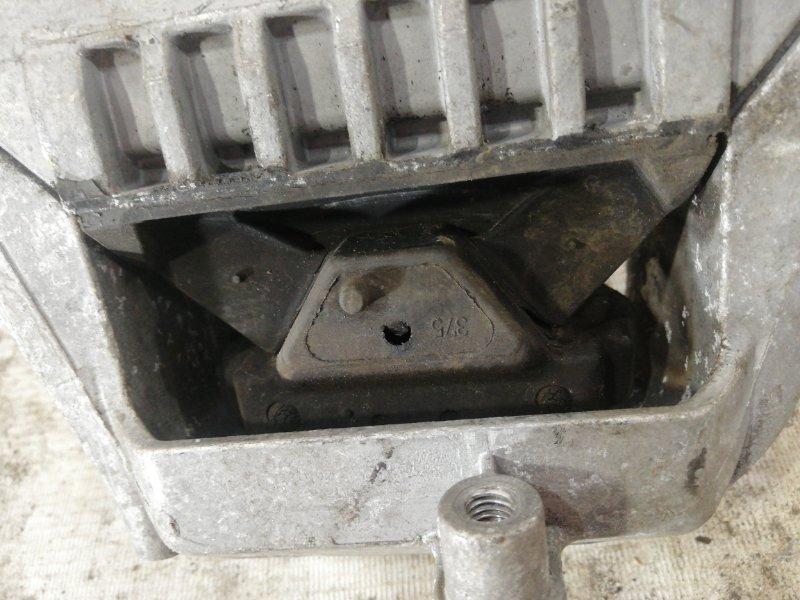 Подушка двигателя правая passat 2012 B7 variant 1.4