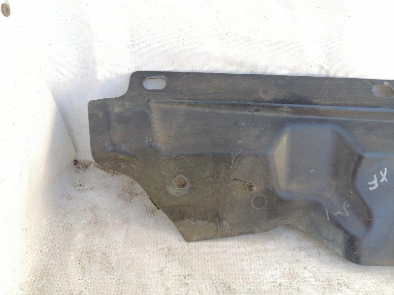 Рамка радиатора XF 2011 cc9 AJ30