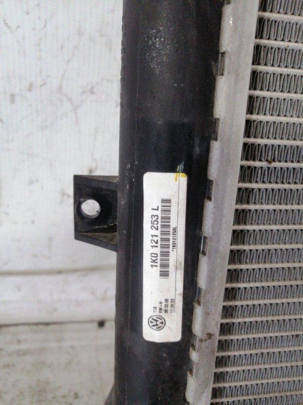 Радиатор двигателя passat 2009 b6 variant BZB