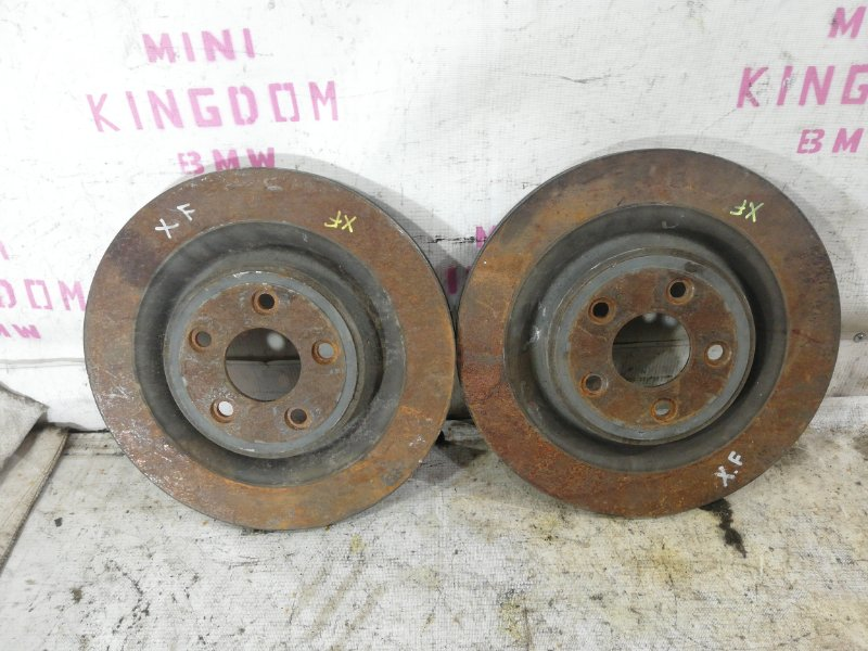 Тормозной диск задний jaguar XF 2011 cc9 AJ30 C2C25339 контрактная