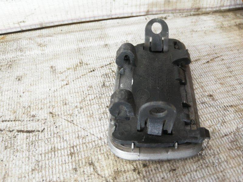 Крышка омывателя фары передняя левая 5-Series E60