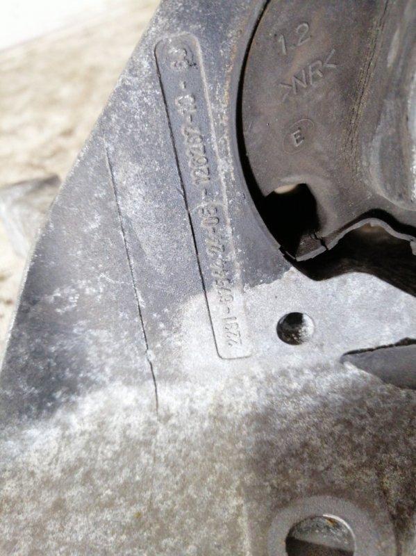 Опорный кронштейн КПП Cooper S 2007 R52 W11