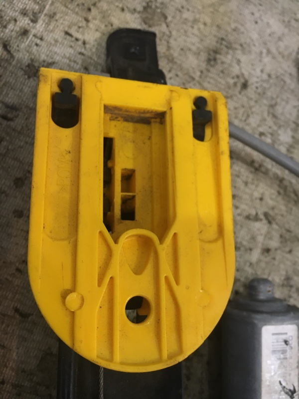 Стеклоподъемник задний правый XF 2011 cc9 AJ30