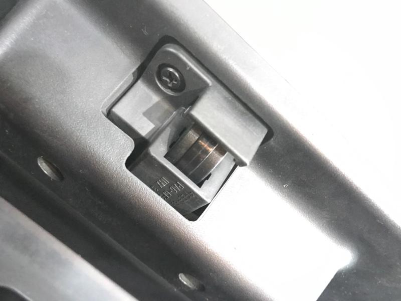 Бардачок Navigator 2005 2 (U228) 5.4