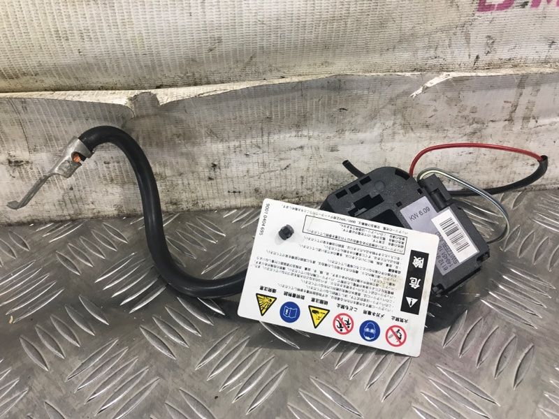 Минусовая клемма провод BMW 3-Series 2010 E90LCI N46B20E 61129184207 контрактная