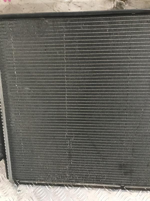 Радиатор охлаждения Volkswagen Jetta 5