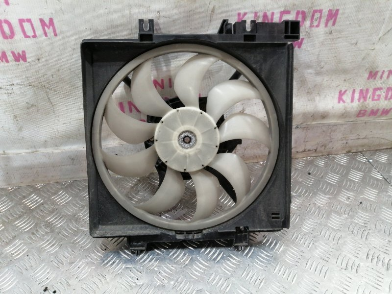 Вентилятор радиатора левый Legacy V