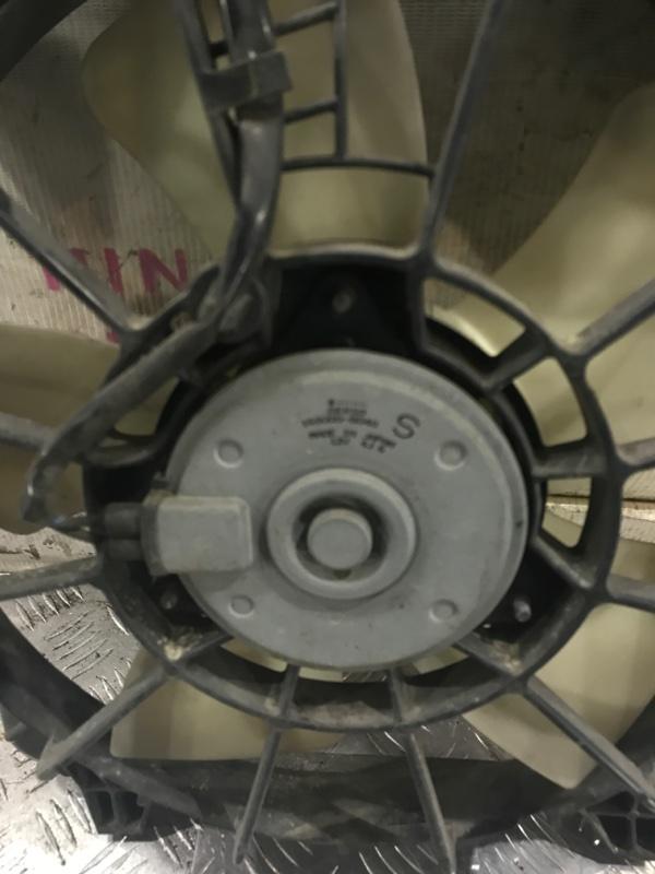 Вентилятор левый Civic 8 (fd1)