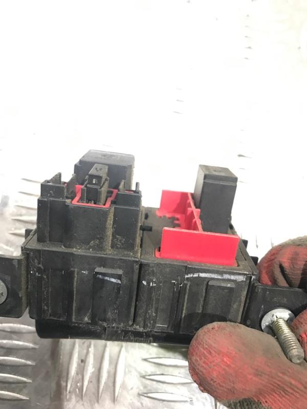 Блок предохранителей Navigator 2005 2 (U228) 5.4