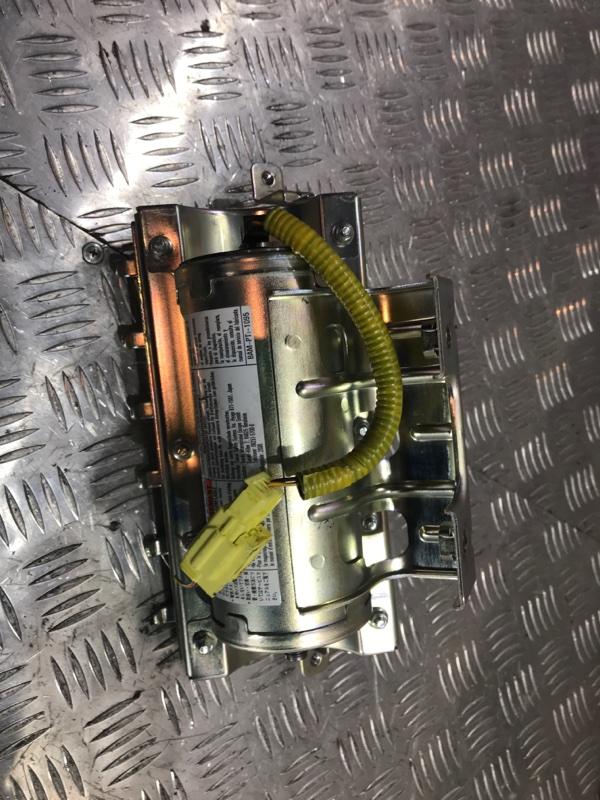 Подушка безопасности передняя правая Suzuki Grand Vitara JT J20A