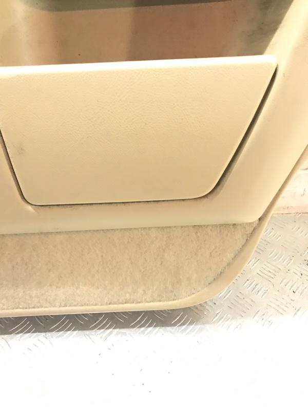 Обшивка салона задняя правая Navigator 2005 2 (U228) 5.4