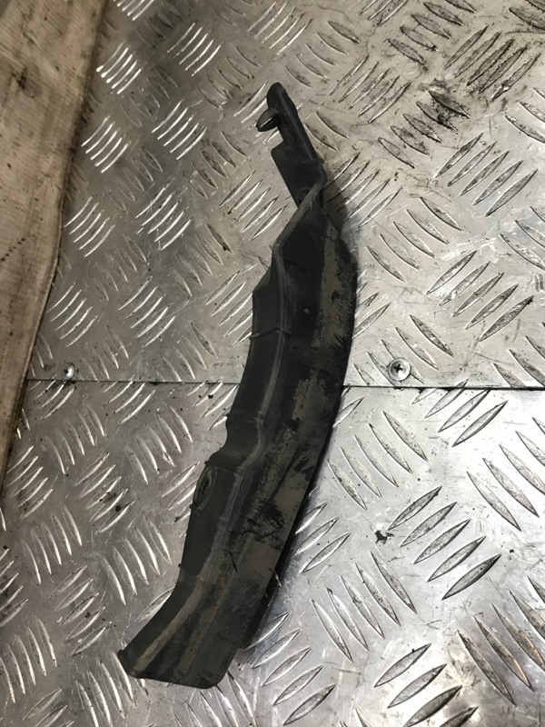 Кронштейн крепления фары правый MINI Cooper R56 N12B16A