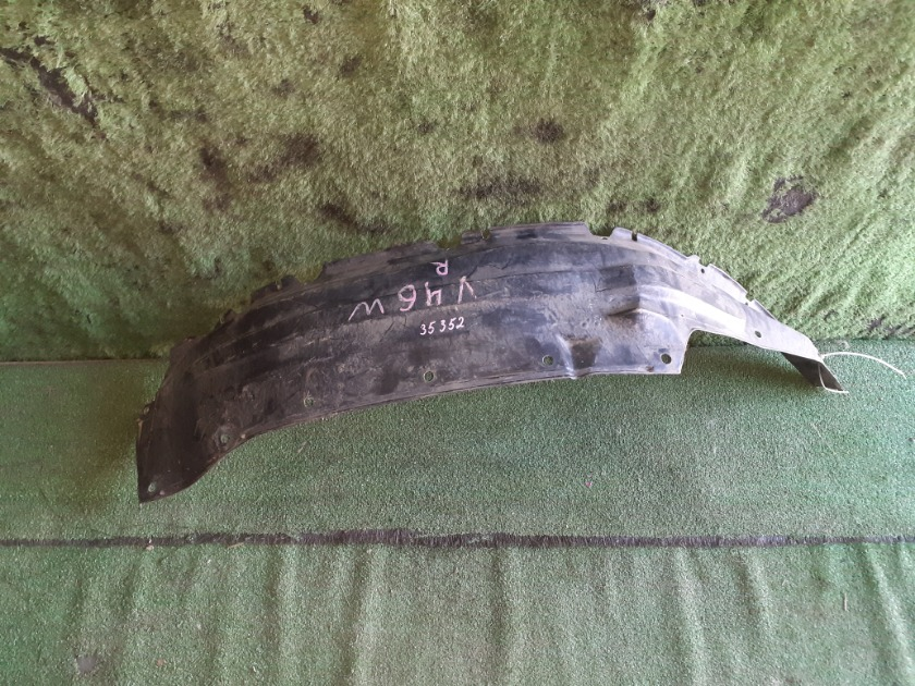 Подкрылок передний правый MITSUBISHI Pajero V23 MB860846 контрактная