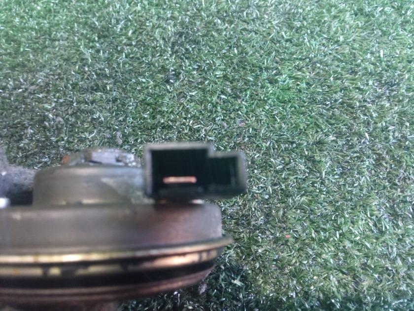 Сигнал звуковой передний левый TOYOTA Corolla NZE124 1NZFE