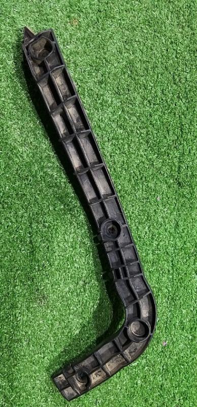Крепления бампера задняя правая Escudo TD54W