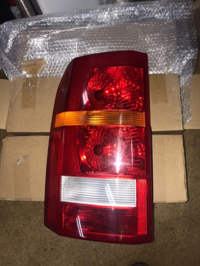 Фонарь передний левый Land Rover Discovery 3 L319 276 DT XFB000573 Б/У