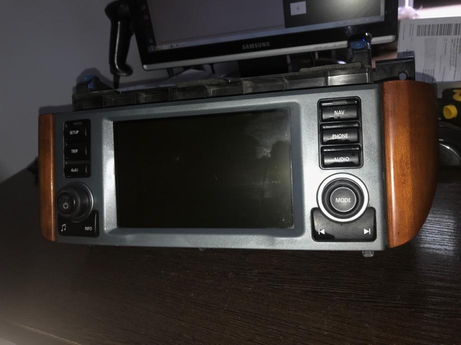 Дисплей информационный Land Rover Range Rover L322