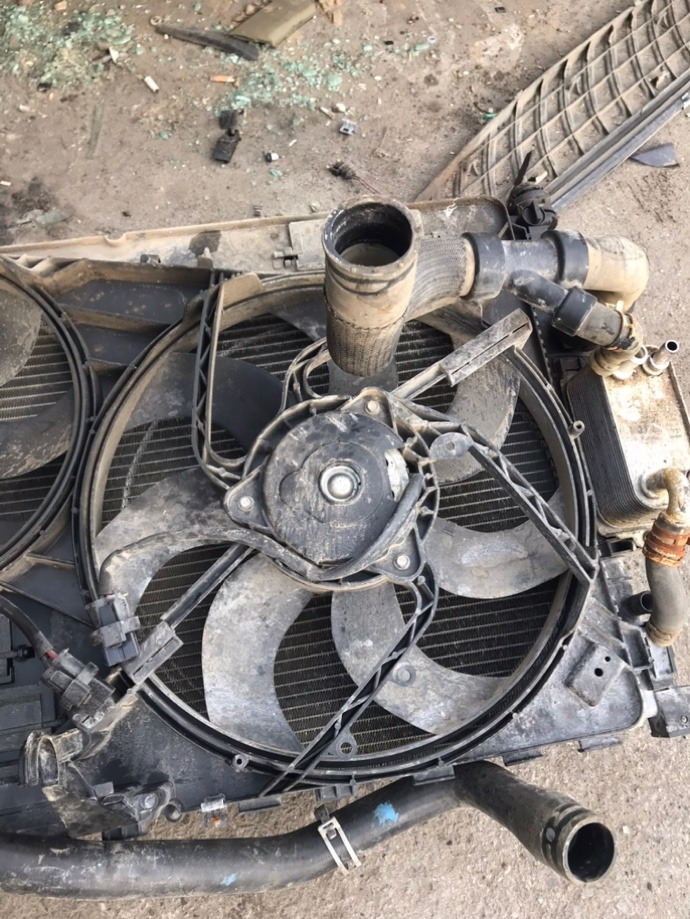 Вентилятор радиатора Land Rover Freelander 2 L359 224DT