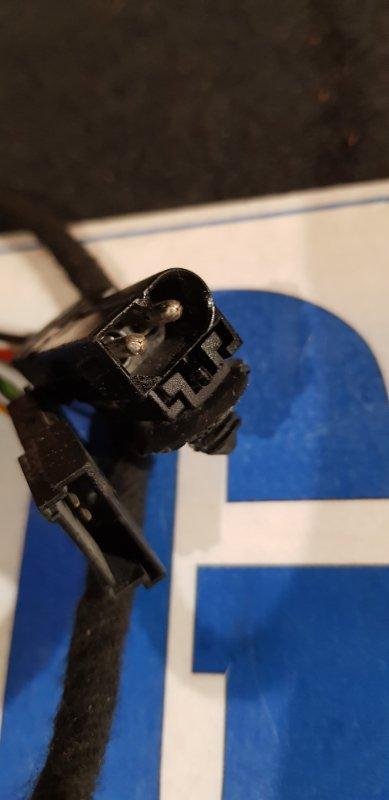 Амортизатор двери багажника левый X6 2008 E71 n63 4