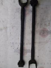 Продольная тяга задняя левая TOYOTA Kluger 2006